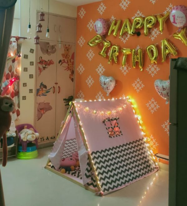 A frame tent for kids